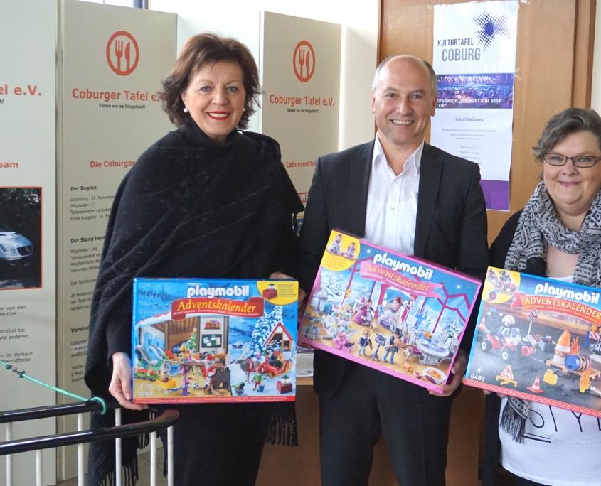 Eetbank En Tafel : Spende sparda bank coburger tafel